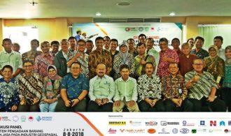 Diskusi Panel Pengadaan Barang dan Jasa Pada Industri Geospasial